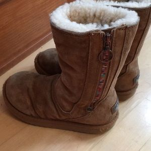 Girls UGG boots size 12 brown